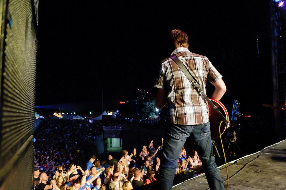 Guitarist Justin Weaver
