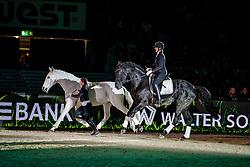 Anne KRÜGER-DEGENER<br /> Stuttgart - German Masters 2019<br /> Waliser Schwarzhalsziegen und Border Collies<br /> Großer Showabend<br /> 13. November 2019<br /> © www.sportfotos-lafrentz.de/Stefan Lafrentz