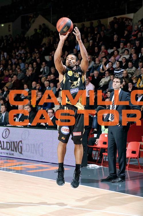 DESCRIZIONE : Championnat de France Basket Ligue Pro A  au Mans<br /> GIOCATORE : Deane Willie<br /> SQUADRA : Nancy<br /> EVENTO : Ligue Pro A  2010-2011<br /> GARA : Le Mans Nancy<br /> DATA : 26/11/2010<br /> CATEGORIA : Basketbal France Ligue Pro A<br /> SPORT : Basketball<br /> AUTORE : JF Molliere par Agenzia Ciamillo-Castoria <br /> Galleria : France Basket 2010-2011 Action<br /> Fotonotizia : Championnat de France Basket Ligue Pro A au Mans<br /> Predefinita :