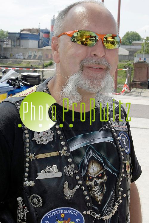 Mannheim. 19.05.2012. Rosengarten. Katholikentag 20112. Feature. Samstag<br /> <br /> Bild: Markus Proflwitz 19MAY12 / masterpress /