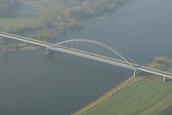 Luftbild der Dömitzer Elbbrücke im Zuge der B 191<br /> <br /> Ort: Dannenberg<br /> Copyright: Andreas Conradt<br /> Quelle: PubliXviewinG