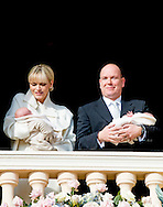 7-1-2015 MONACO - Prince Albert (R) and Princess Charlene (L) of Monaco present their baby twins Princess Gabriella and Prince Jacques to public from the balcony of the Princely Palace in Monaco, 07 January 2015. This is the first public appearance of the royal twins. The date has been declared a public holiday in the Principality. Jacques, Hereditary Prince of Monaco, is now first in line to succeed his father, Prince Albert II. COPYRIGHT ROBIN UTRECHT