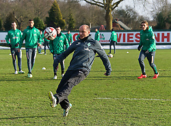 13.02.2015, Trainingsgel&auml;nde am Weserstadion, Bremen, GER, 1. FBL, SV Werder Bremen, Taining, im Bild Viktor Skripnik (Cheftrainer SV Werder Bremen) spielte beim 25-gegen-2&quot; mit // during the training session on the training ground of the German Bundesliga Club SV Werder Bremen at the Trainingsgel&auml;nde am Weserstadion in Bremen, Germany on 2015/02/13. EXPA Pictures &copy; 2015, PhotoCredit: EXPA/ Andreas Gumz<br /> <br /> *****ATTENTION - OUT of GER*****
