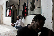 Libia, Tripoli: African migrants inside their cell at Abu Salim detention center for illegal migrants. Alessio Romenzi