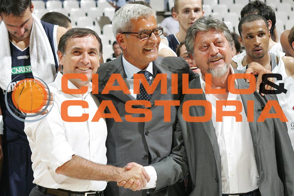 DESCRIZIONE : Bologna Lega A1 2007-08 Carisbo Cup Virtus Bologna Fortitudo Bologna<br />GIOCATORE : Claudio Sabatini Gilberto Sacrati<br />SQUADRA : Virtus Bologna Fortitudo Bologna<br />EVENTO : Campionato Lega A1 2007-2008 <br />GARA : Virtus Bologna Fortitudo Bologna <br />DATA : 12/09/2007 <br />CATEGORIA : ritratto<br />SPORT : Pallacanestro <br />AUTORE : Agenzia Ciamillo-Castoria/G.Livaldi<br />Galleria : Lega Basket A1 2007-2008 <br />Fotonotizia : Bologna Campionato Italiano Lega A1 2007-2008 Carisbo Cup Virtus Bologna Fortitudo Bologna<br />Predefinita :