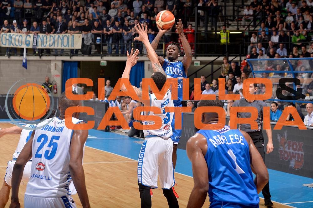Durand  Scott<br /> Mia Pallacanestro Cantu - Enel New Basket Brindisi<br /> Lega Basket Serie A 2016/2017<br /> Desio, 19/03/2017<br /> Foto M.Ceretti / Ciamillo - Castoria