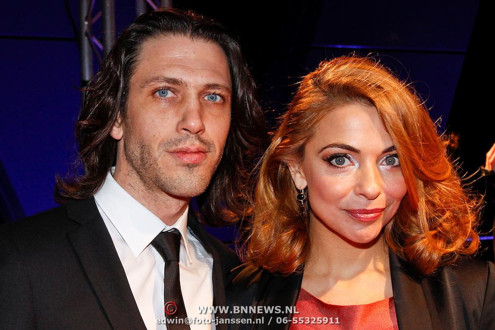 NLD/Hilversum/20120123 - Beeld en Geluid Awards 2011, Georgina Verbaan en Rob van de Wouw