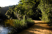 Domingos Martins_ES, Brasil...Passagem do Rio Jucu ao lado de trecho da estrada historica denominada Rota Imperial da Estrada Real, antiga estrada Dom Pedro de Alcantra...Jacu river next to the ancient Rota Imperial, know as Dom Pedro de Alcantara road...Foto: LEO DRUMOND / NITRO