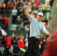 PAUL LAWRIE WINS THE OPEN CHAMPIONSHIP TROPHY 1999<br />