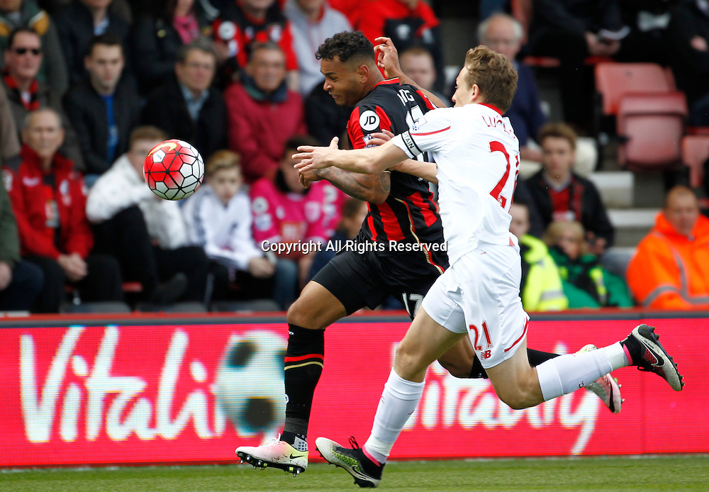 17.04.2016. Vitality Stadium, Bournemouth, England. Barclays Premier League. Bournemouth versus Liverpool. Liverpool midfielder Lucas Leiva closes down Bournemouth striker Joshua King.