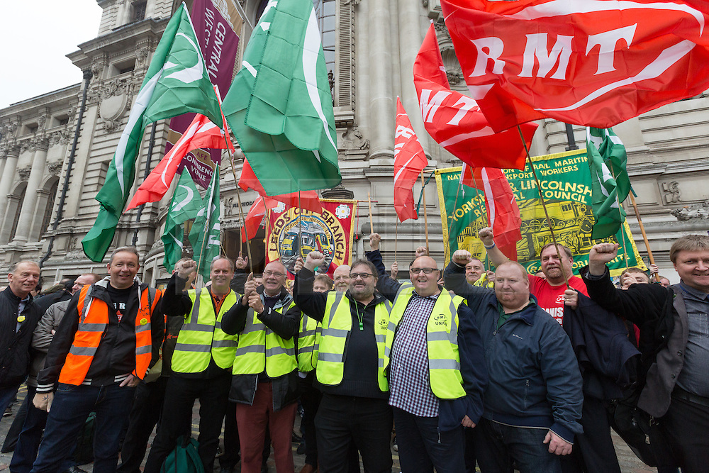 © Licensed to London News Pictures. 02/11/2015. London, UK. Members of the RMT and supporters arrive to participate in a rally against the Trade Union Bill and the right to strike in Westminster, London. Photo credit : Vickie Flores/LNP