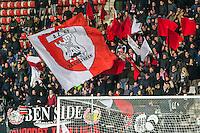 ALKMAAR - 02-02-2016, AZ - HHC, AFAS Stadion, 1-0 supporters AZ, vlag