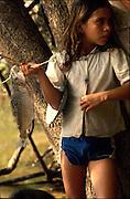 pesca no rio araguaia...he/she fishes in the river araguaia...pesca no rio araguaia...he/she fishes in the river araguaia.