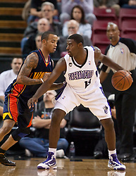 November 8, 2009; Sacramento, CA, USA;  Sacramento Kings guard Tyreke Evans (13) is guarded by Golden State Warriors guard Monta Ellis (8) during the first quarter at the ARCO Arena. The Kings defeated the Warriors 120-107.  The Kings defeated the Warriors 120-107.