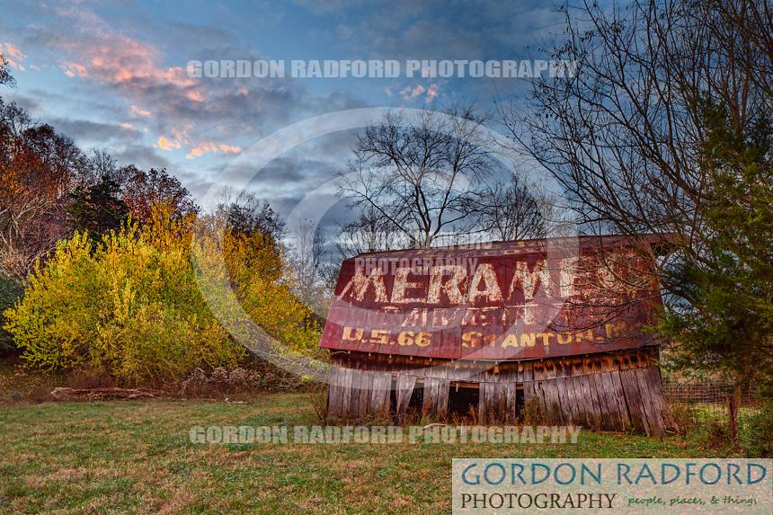 Meramec Cavern Painted Barn - US 41 - Manchester, TN