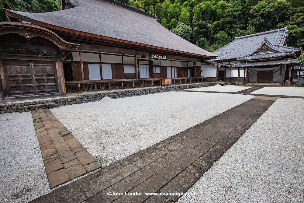 Rinzai-ji is set at the bottom of a forested hill.  It is a Zen Buddhist monastery, and therefore not a real tourist attraction.  But there lies its charm.  Very frew visitors, and not a single tour bus to distract visitors from the calm of its austere Zen garden.