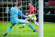 ALKMAAR - 26-11-15, Europa League, AZ  - FK Partizan, AFAS Stadion, Partizan speler Kljajic, AZ speler Dabney dos Santos Souza