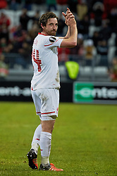KAZAN, RUSSIA - Thursday, November 5, 2015: Liverpool's Joe Allen celebrates after the 1-0 victory over Rubin Kazan during the UEFA Europa League Group Stage Group B match at the Kazan Arena. (Pic by Oleg Nikishin/Propaganda)