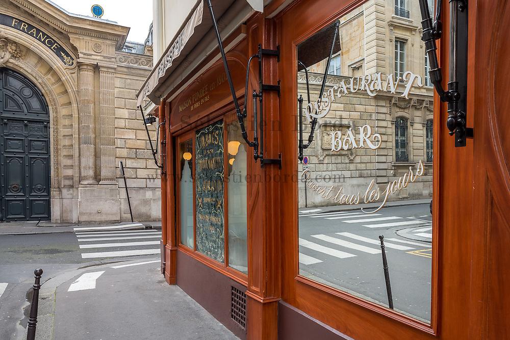Restaurant place des Victoires // Place des Victoires restaurant