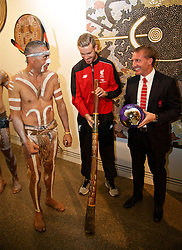 ADELAIDE, AUSTRALIA - Sunday, July 19, 2015: Liverpool's captain Jordan Henderson and manager Brendan Rodgers with Karl Winda Telfer of Adelaide Kaurna Aboriginal community dance group Paitya during a visit to the Art Gallery of South Australia ahead of a preseason friendly match against Adelaide United on day seven of the club's preseason tour. (Pic by David Rawcliffe/Propaganda)