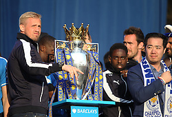 Kasper Schmeichel of Leicester City (L) with the trophy - Mandatory by-line: Jack Phillips/JMP - 16/05/2016 - FOOTBALL - Leicester City FC, Sky Bet Premier League Winners 2016 - Leicester City Victory Parade