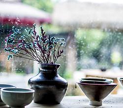April 27, 2018 - Chengdu, Chengdu, China - Chengdu, CHINA-27th April 2018: Porcelain artworks made at Qiong Kiln in Mingyue Village, Chengdu, southwest China's Sichuan Province. (Credit Image: © SIPA Asia via ZUMA Wire)