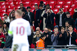 England fans applaud Wayne Rooney of England after his final match as an England player - Mandatory by-line: Robbie Stephenson/JMP - 15/11/2018 - FOOTBALL - Wembley Stadium - London, England - England v United States of America - International Friendly