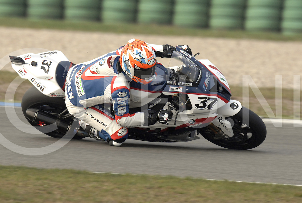 110415 Assen ned..Training van SBK World Superbike te Assen..FFU Press Agency©2010Wilco van Driessen