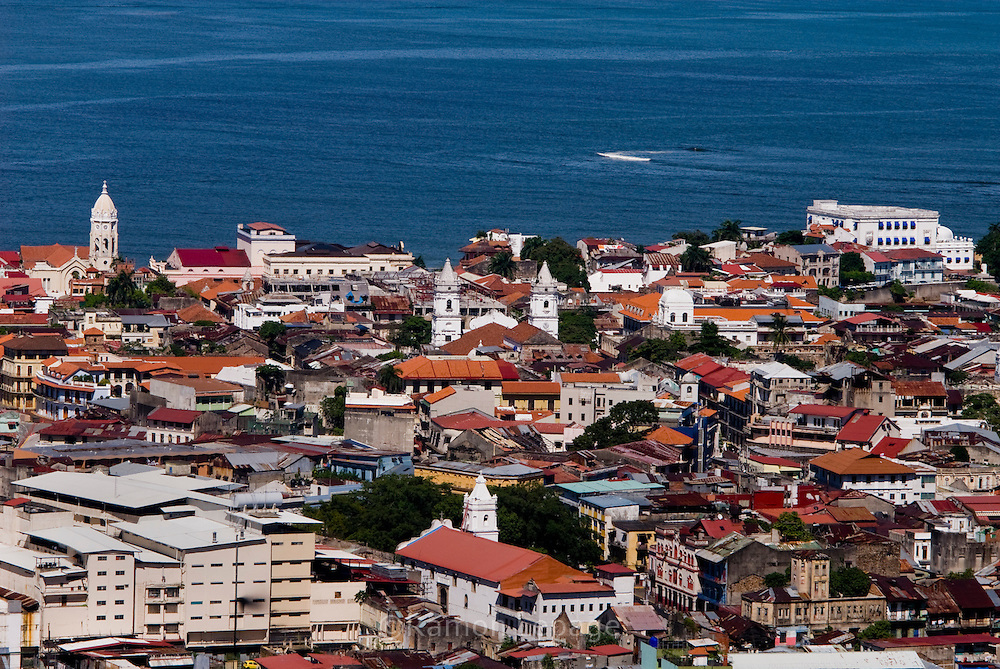 Ciudad de Panama.  Foto:Ramon Lepage