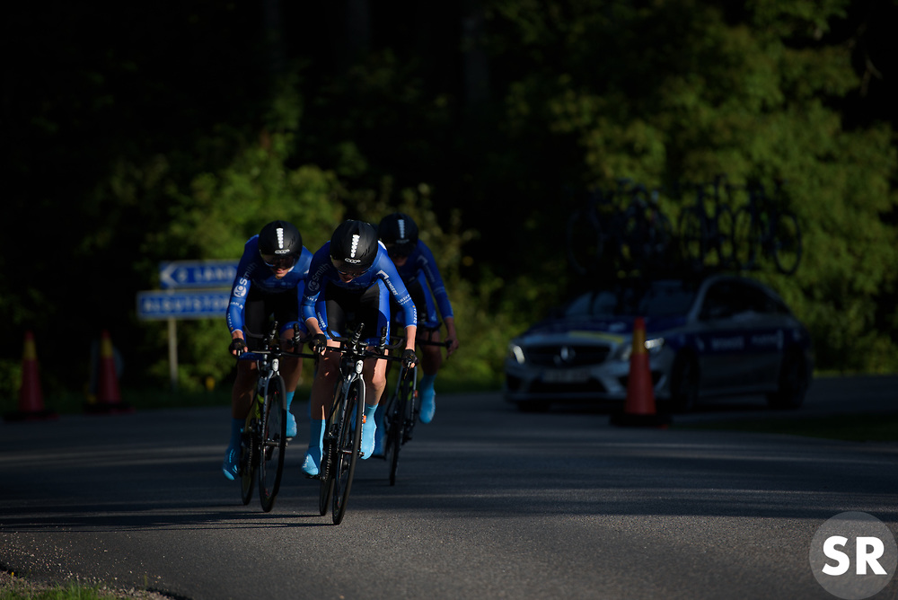 Lensworld Kuota approach at the Crescent Vargarda - a 42.5 km team time trial, starting and finishing in Vargarda on August 11, 2017, in Vastra Gotaland, Sweden. (Photo by Sean Robinson/Velofocus.com)