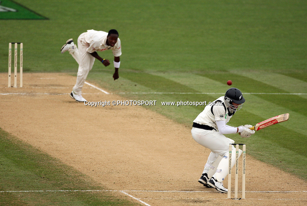 Fidel Edwards attacks Ian O'Brien with a bouncer during play on day 3 of the second cricket test at McLean Park in Napier. National Bank Test Series, New Zealand v West Indies, Sunday 21 December 2008. Photo: Andrew Cornaga/PHOTOSPORT