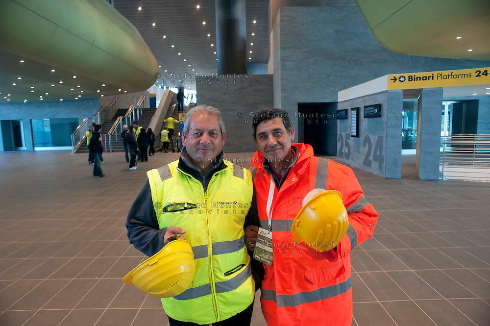 Roma 28 Novembre 2011.Inaugurata la nuova Stazione Tiburtina dell'alta velocità..L'interno, lavoratori delle ferrovie