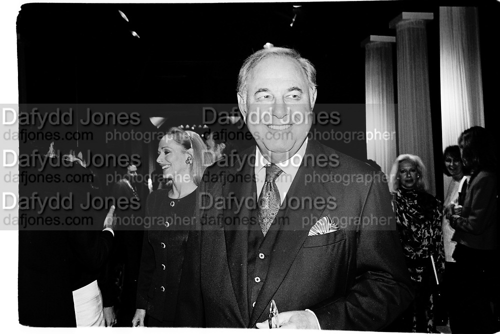 Alfred  and Mrs. Taubman. Sotheby's. New York. 1996. © Copyright Photograph by Dafydd Jones 66 Stockwell Park Rd. London SW9 0DA Tel 020 7733 0108 www.dafjones.com