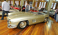 1957 Mercedes-Benz 300SL Roadster.RACV Motorclassica.The Australian International Concours d'Elegance & Classic Motor Show.Royal Exhibition Building .Carlton, Melbourne, Victoria.October 22nd 2011.(C) Joel Strickland Photographics.Use information: This image is intended for Editorial use only (e.g. news or commentary, print or electronic). Any commercial or promotional use requires additional clearance.