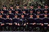 Hong Kong. Police school  island Victoria   / Parade à l'école de police de l'île Victoria.   / R00057/72    L940305a  /  P0000302