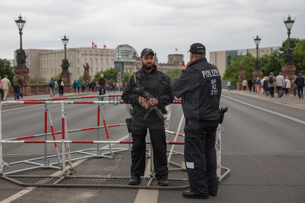 Berlin, Germany - 24.05.2017<br /> <br /> Heavy armed police forces secure the event. Start of the German Protestant Church Assembly (&quot;Deutscher Evangelischer Kirchentag&rdquo;) in Berlin. Tens of thousands attend the ceremonies and concerts at the beginning of the church convention. <br /> <br /> Schwer bewaffnete Polizeikraefte sichern die Veranstaltung. Start des Deutschen Evangelischer Kirchentags 2017 in Berlin. Zehntausende besuchen die Zeremonien und Konzerte zum Auftakt des Kirchentags<br /> <br />  Photo: Bjoern Kietzmann