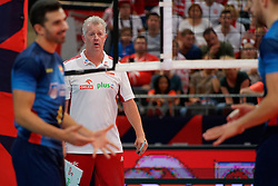 21-09-2019 NED: EC Volleyball 2019 Poland - Spain, Apeldoorn<br /> 1/8 final EC Volleyball / Coach Vital Heynen of Poland