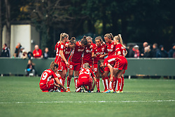 Bristol City Women huddle - Rogan Thomson/JMP - 06/11/2016 - FOOTBALL - The Northcourt Stadium - Abingdon-on-Thames, England - Oxford United Women v Bristol City Women - FA Women's Super League 2.