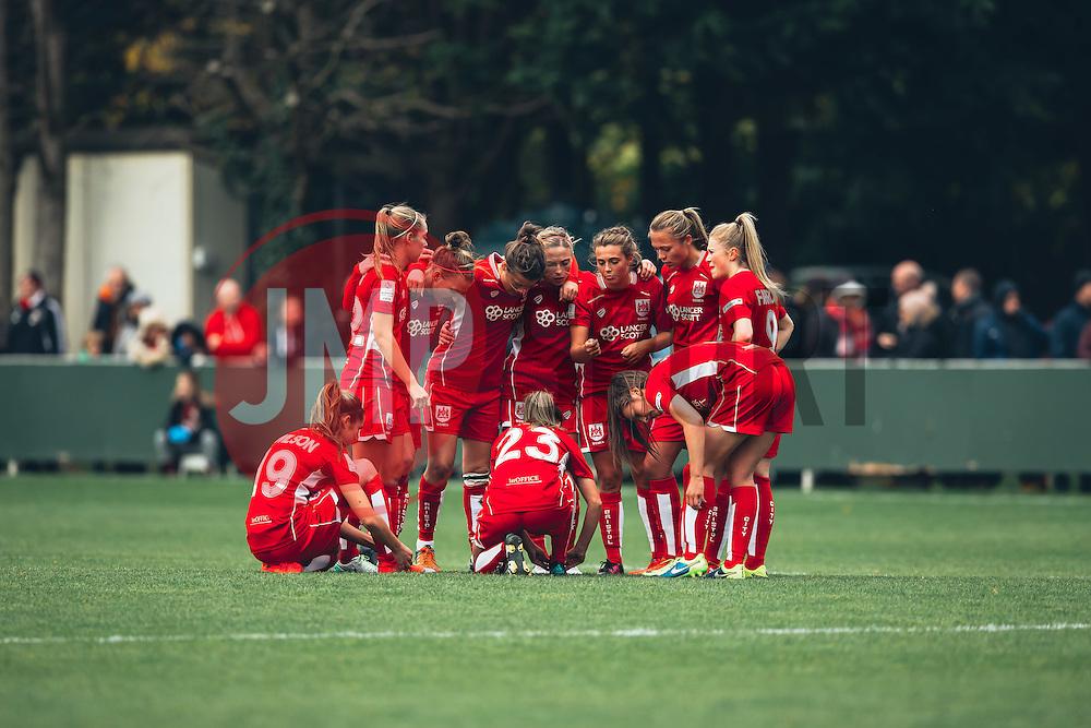 Bristol City Women huddle - Rogan Thomson/JMP - 06/11/2016 - FOOTBALL - The Northcourt Stadium - Abingdon-on-Thames, England - Oxford United Women v Bristol City Women - FA Women's Super League 2.