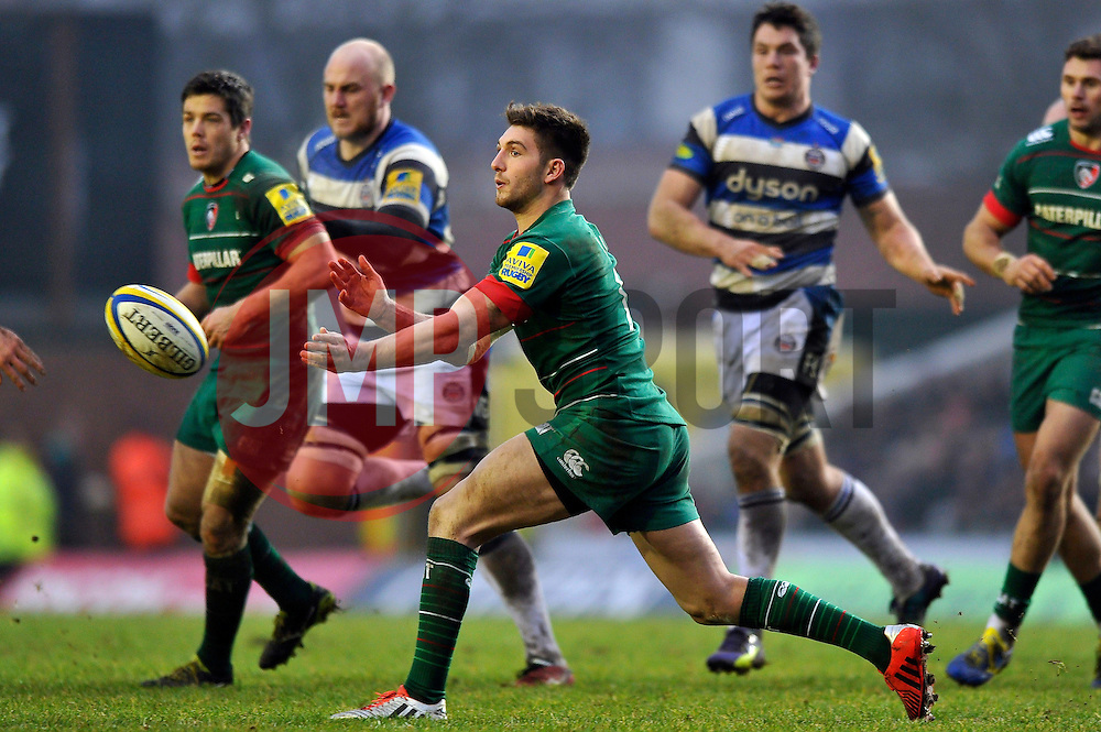 Owen Williams of Leicester Tigers passes the ball - Photo mandatory by-line: Patrick Khachfe/JMP - Mobile: 07966 386802 04/01/2015 - SPORT - RUGBY UNION - Leicester - Welford Road - Leicester Tigers v Bath Rugby - Aviva Premiership