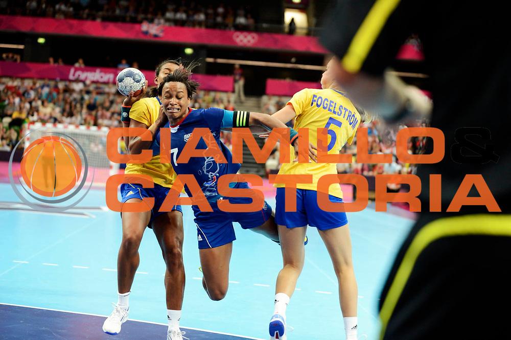 DESCRIZIONE : France Handball Jeux Olympiques Londres GIOCATORE : Pineau Alisson FRA SQUADRA : France Femme DATA : 2012-08-01CATEGORIA : SPORT : HandBall AUTORE : AGENZIA CIAMILLO & CASTORIA/G.Ciamillo