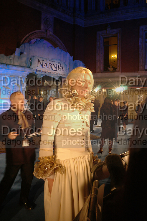 """Tilda Swinton. Royal Film Performance and World Premiere of """"The Chronicles Of Narnia"""" at the Royal Albert Hall. London and after-party in Kensington Gardens. 7 December  2005.ONE TIME USE ONLY - DO NOT ARCHIVE  © Copyright Photograph by Dafydd Jones 66 Stockwell Park Rd. London SW9 0DA Tel 020 7733 0108 www.dafjones.com"""