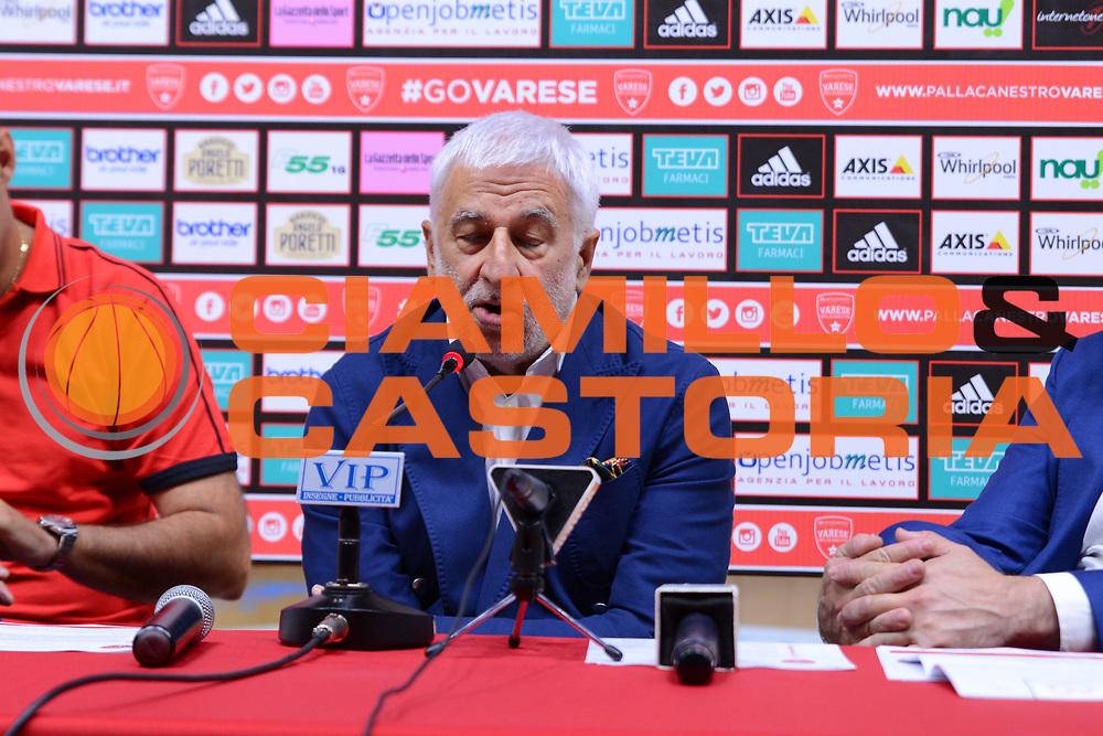 DESCRIZIONE : Varese Lega A 2015-16 Openjobmetis Varese <br /> GIOCATORE : <br /> CATEGORIA : <br /> SQUADRA : Openjobmetis Varese<br /> EVENTO : presentazione GM Bruno Arrigoni e allenatore Paolo Moretti<br /> GARA : <br /> DATA : 24/06/2015<br /> SPORT : Pallacanestro<br /> AUTORE : Agenzia Ciamillo-Castoria/M.Ozbot<br /> Galleria : Lega Basket A 2014-2015 <br /> Fotonotizia: Varese presentazione GM Bruno Arrigoni e allenatore Paolo Moretti