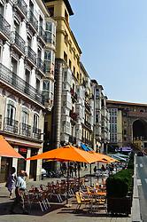 Cafe tables around the square in Vitoria Gasteiz, Spain<br /> <br /> (c) Andrew Wilson | Edinburgh Elite media