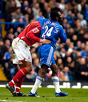 Photo: Ed Godden/Sportsbeat Images.<br /> Chelsea v Nottingham Forest. The FA Cup. 28/01/2007.<br /> Chelsea's Shaun Wright-Phillips (R), taps Grant Holt on the head as he passes him.