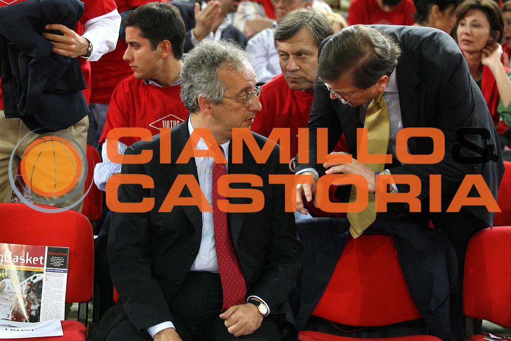 DESCRIZIONE : Roma Lega A1 2005-06 Play Off Quarti Finale Gara 2 Lottomatica Virtus Roma Montepaschi Siena <br /> GIOCATORE : Veltroni Prandi <br /> SQUADRA : Lottomatica Virtus Roma <br /> EVENTO : Campionato Lega A1 2005-2006 Play Off Quarti Finale Gara 2 <br /> GARA : Lottomatica Virtus Roma Montepaschi Siena <br /> DATA : 20/05/2006 <br /> CATEGORIA : Ritratto <br /> SPORT : Pallacanestro <br /> AUTORE : Agenzia Ciamillo-Castoria/G.Ciamillo