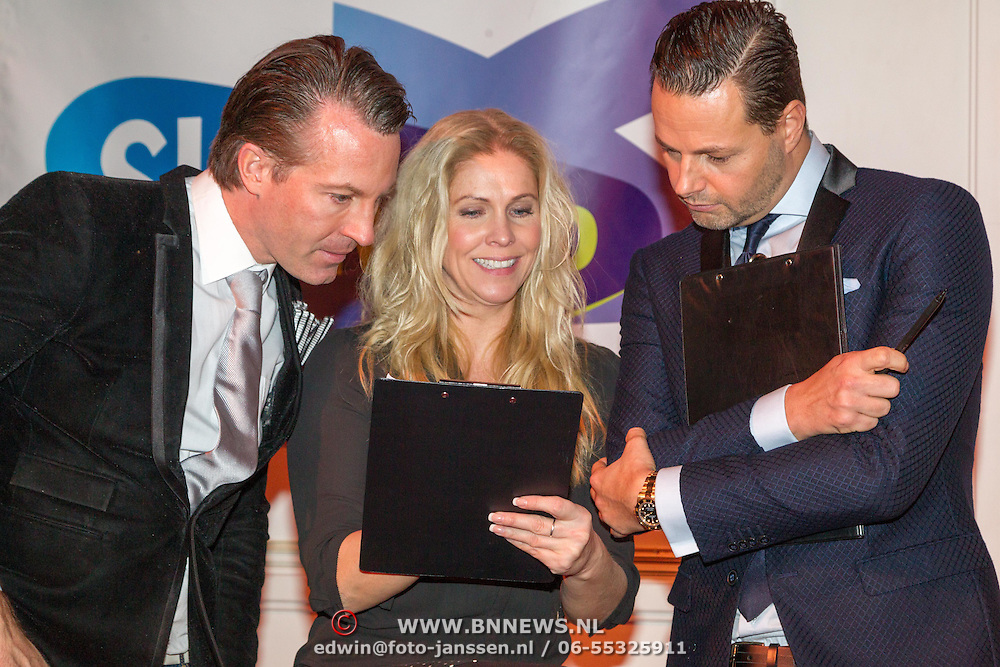 NLD/Hilversum/20151207- Sky Radio's Christmas Tree for Charity, Jury Fred van leer, Nance Coolen en Pascal Koenen