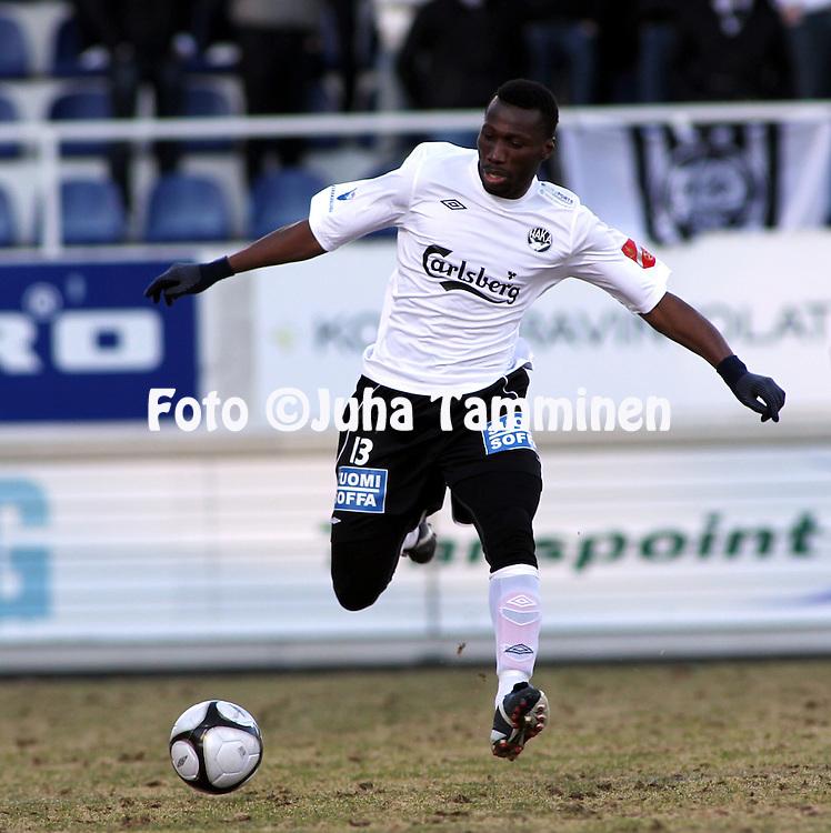 19.04.2010, Tehtaankentt?, Valkeakoski..Veikkausliiga 2010, FC Haka - FC TPS Turku..Ben Traore - Haka.©Juha Tamminen.
