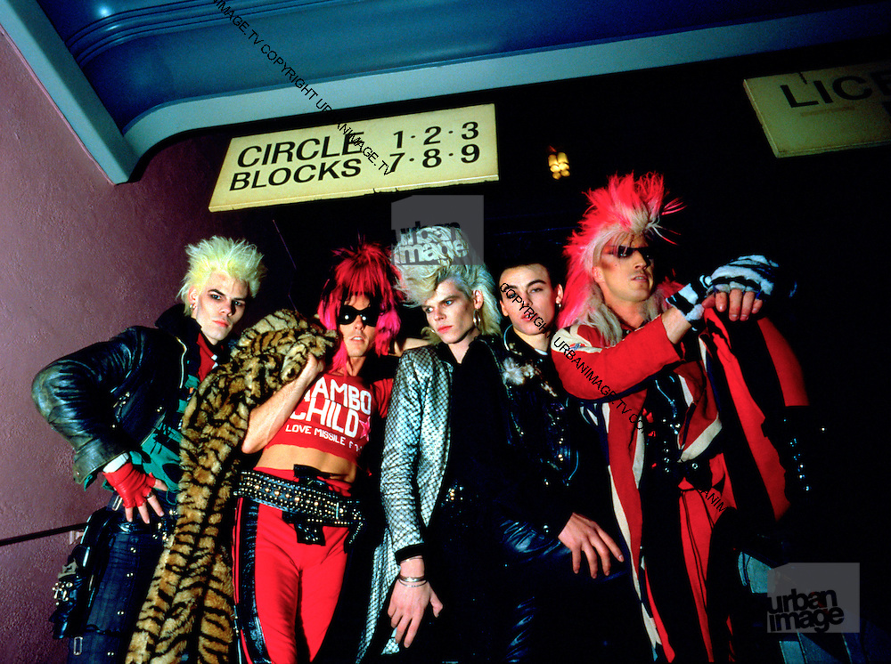 Sigue Sigue Sputnik backstage bar photos