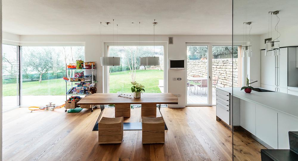 14 FEB 2011 - Riva del Garda (TN) - La prima Casa Passiva certificata in Italia :-: First certified Passive House in Italy